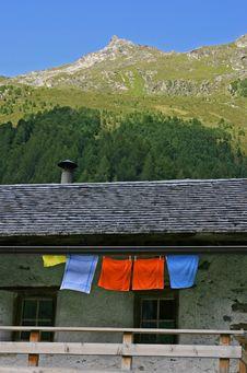 Free Alpine Scenery Stock Photography - 5045312