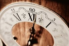 Free Antique Clock Royalty Free Stock Photos - 5045708