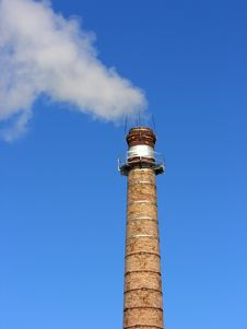Free Boiler-house Pipe, Contaminating An Atmosphere Stock Photography - 5048122