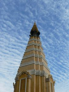 Free Tower, Royal Palace, Phnom Penh, Cambodia Royalty Free Stock Photo - 5049565