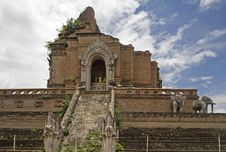 Free Wat Chedi Luang, Temple In Thailand Royalty Free Stock Images - 5054779