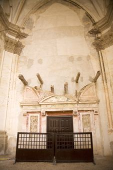 Free Church Inside Royalty Free Stock Photos - 5057508