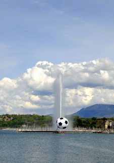 Free Jet D Eau With Soccer Royalty Free Stock Image - 5058366