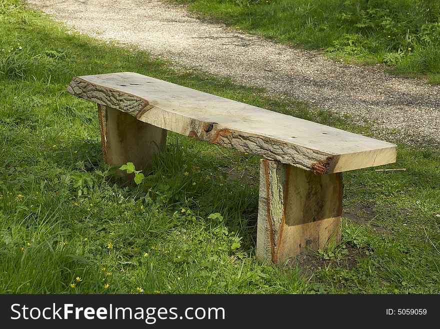 Woodland_bench38