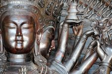 Free The Head Of Thousands Hands Guanyin Stock Photography - 5061272
