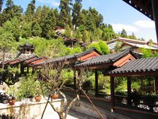 Free City View Of Lijiang Royalty Free Stock Photography - 5062797