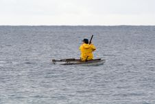 Free Traditional Fisherman Paddling Out Royalty Free Stock Photos - 5063478