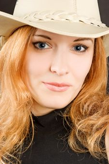 Free Sexy Redhead Woman In Hat Royalty Free Stock Images - 5065439