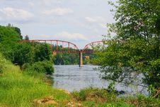 Free Fair Oaks Bridge Royalty Free Stock Photos - 5065518