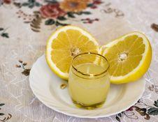 Free Grapefruit Juice On The Glass Stock Image - 5066811