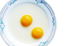 Free Double-yolk Egg Stock Image - 5069541