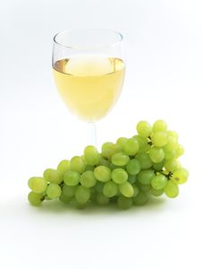 Free Green Grape And Wine Royalty Free Stock Image - 5070766