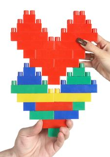 Free Hands Connecting Hearts Royalty Free Stock Images - 5071349