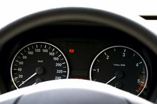 Free Car Dashboard Royalty Free Stock Image - 5072046