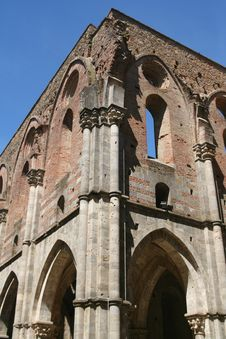 Free San Galgano Abbey / Detail Stock Photography - 5074242