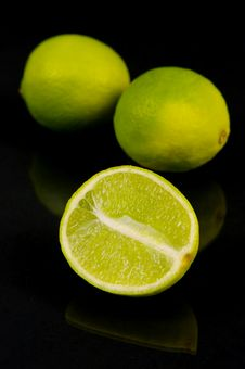 Free Citrus Fruits Royalty Free Stock Image - 5077896
