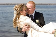 Free Happy Bride And Groom Royalty Free Stock Photography - 5079167