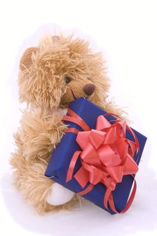 Free Teddy Bear With Gift Box Royalty Free Stock Images - 5080399