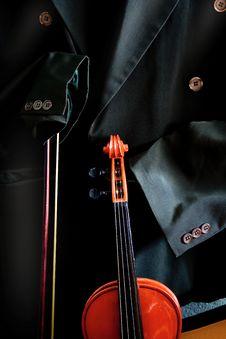 Free Antique Violin Stock Images - 5083674