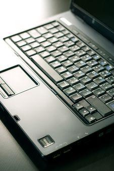 Free Black Laptop Royalty Free Stock Photography - 5084027