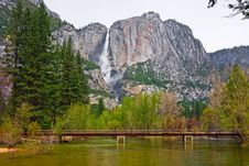 Free Yosemite Fall In Yosemite Stock Photos - 5087523