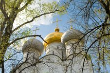 Free Three Church Domes Royalty Free Stock Photography - 5091847