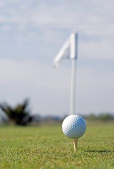 Free Golf Ball In Tall Green Grass Stock Photography - 5094712