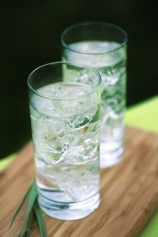 Sparkling Mineral Water With Icecubes Stock Images
