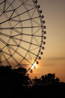 Free Romantic Wheel Royalty Free Stock Photography - 5099807