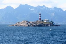 Free Lighthouse On The Little Rocky Isle Stock Photos - 513663
