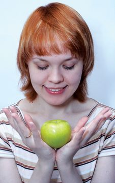 Free Red Haired Girl With Green Apple Stock Photo - 517090