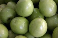 Free Juicy Green Apples Stock Photos - 518583