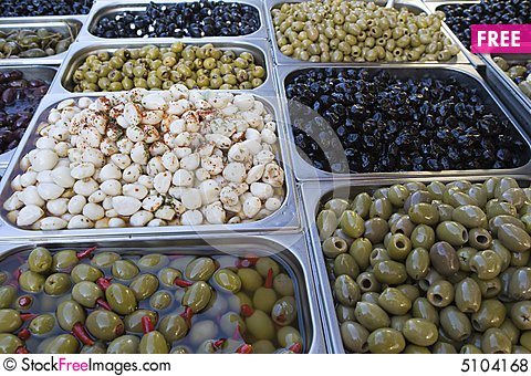 Free Olive Assortment Royalty Free Stock Photos - 5104168