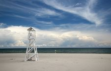 Free Lonely Lifeguard Tower Stock Photography - 5102512
