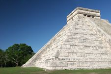 Free Chichen Itza Pyramid Stock Images - 5102744