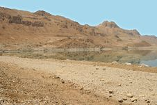 Free In Mountains Of The Dead Sea Royalty Free Stock Photo - 5109675