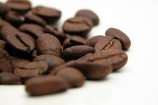 Free Coffee Beans In A Heap Royalty Free Stock Photos - 5110438