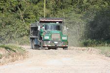 Free Dump Truck Royalty Free Stock Image - 5110476