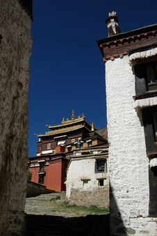 Free The Tibetan Lama Temple Royalty Free Stock Photos - 5111428