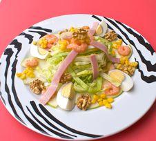 Free Mediterranean Salad Stock Image - 5111451