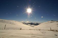 Free Elbrus Sun And Snow Deserе Stock Photos - 5114623