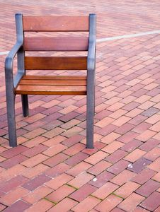Free Empty Chair Royalty Free Stock Images - 5115009