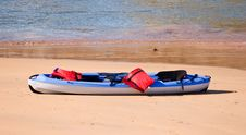 Free Kayak At Beach Royalty Free Stock Photography - 5115197