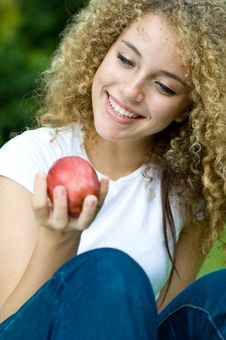 Free Holding An Apple Royalty Free Stock Photos - 5119348