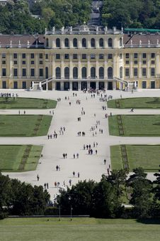 Free Schoenbrunn Palace, Vienna Royalty Free Stock Photography - 5119817
