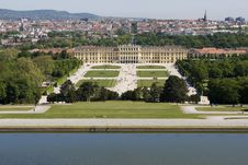 Free Schoenbrunn Palace, Vienna Royalty Free Stock Photos - 5119828