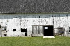 Free Rustic White Barn Stock Photos - 5120843