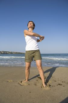 Free Gymnastics On The Beach Stock Photography - 5122362