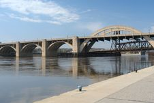 Free Bridge Across Mississippi River Stock Images - 5125634