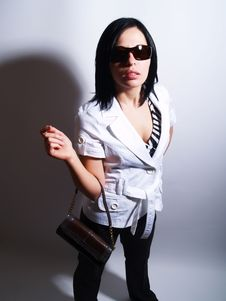 Free Charming Lady Is Wearing Sunglasses Stock Photography - 5129432